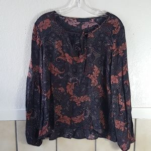 Sanctuary bell sleeve boho top Size S EUC